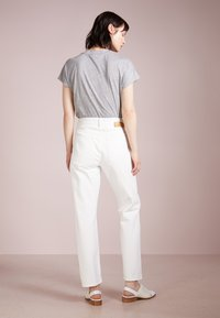 Won Hundred - PEARL - Jeans Relaxed Fit - tinted white - 2
