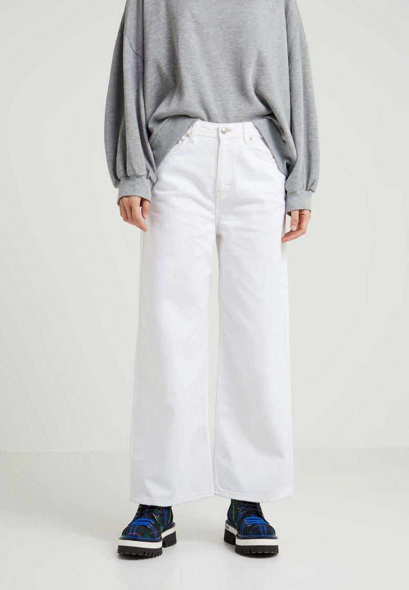 Won Hundred - KIRI - Flared Jeans - white