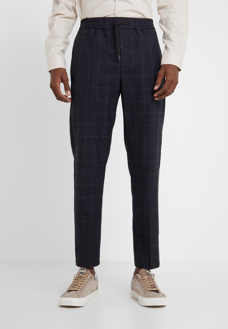 Won Hundred - CALVIN - Trousers - dark blue
