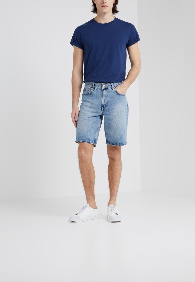 Won Hundred - TIMOTHY - Shorts di jeans - distressed blue