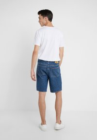Won Hundred - TIMOTHY - Jeansshort - stone blue - 2
