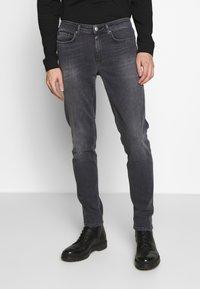 Won Hundred - SHADY  - Jeans Slim Fit - sling grey - 0