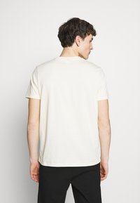 Won Hundred - TROY - Camiseta estampada - seedpearl white - 2