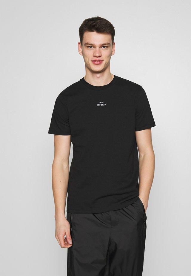 TROY - T-shirts med print - black