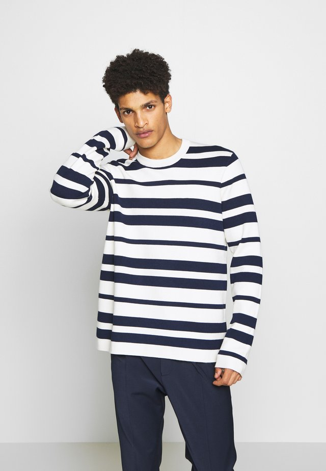 BENTON STRIPE - Strikpullover /Striktrøjer - seedpearl/dress blues