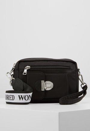 ATHEN - Bum bag - black /white
