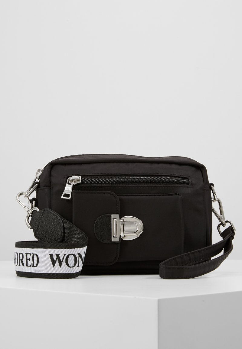 Won Hundred - ATHEN - Bum bag - black /white