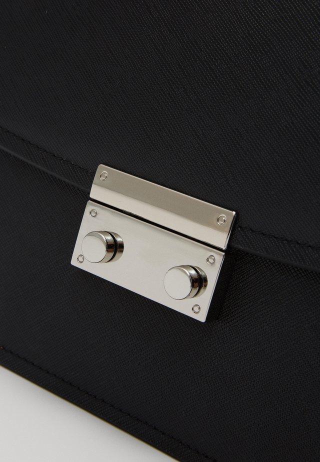 JAMILA - Across body bag - black