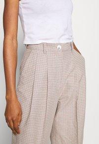 Wood Wood - SUNNA TROUSERS - Trousers - beige - 5