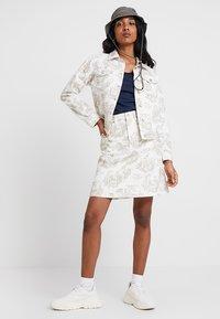 Wood Wood - YNES  - Áčková sukně - off white - 1