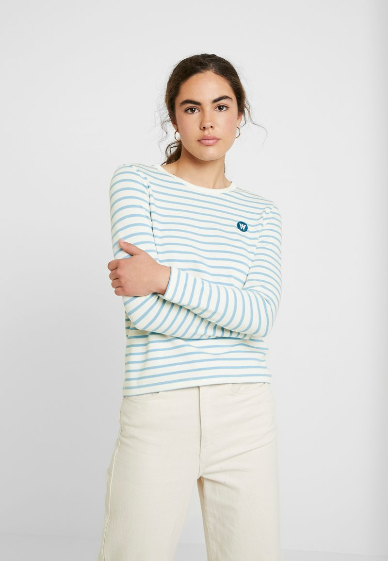 Wood Wood - MOA LONG SLEEVE - Langærmede T-shirts - off-white/blue