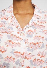 Wood Wood - JOHANNE  - Button-down blouse - floral - 4