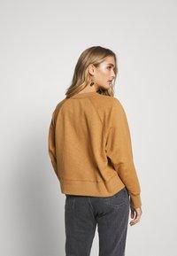 Wood Wood - HOPE - Sweatshirt - dark khaki - 2