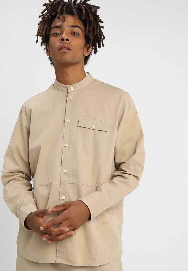 ALVARO - Shirt - light khaki
