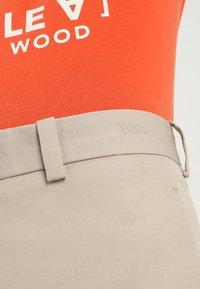 Wood Wood - TRISTAN TROUSERS - Kalhoty - light khaki - 6