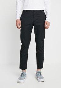 Wood Wood - TRISTAN TROUSERS - Trousers - black - 0