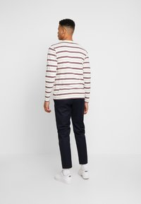 Wood Wood - TRISTAN TROUSERS - Trousers - navy - 2