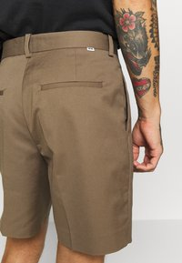Wood Wood - TOMI - Shorts - taupe - 5