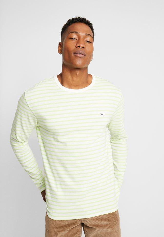 MEL LONG SLEEVE - Langarmshirt - off-white/green