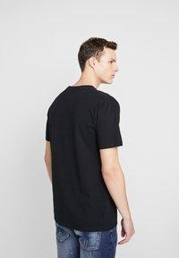 Wood Wood - FOAM - Print T-shirt - black - 2