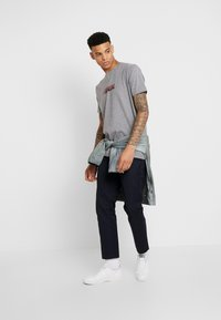 Wood Wood - SPLIT - Print T-shirt - grey melange - 1
