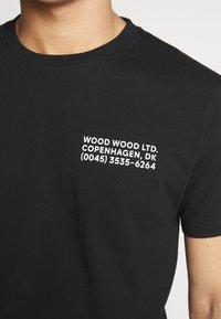 Wood Wood - Printtipaita - black - 4