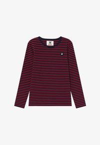 navy/red stripes
