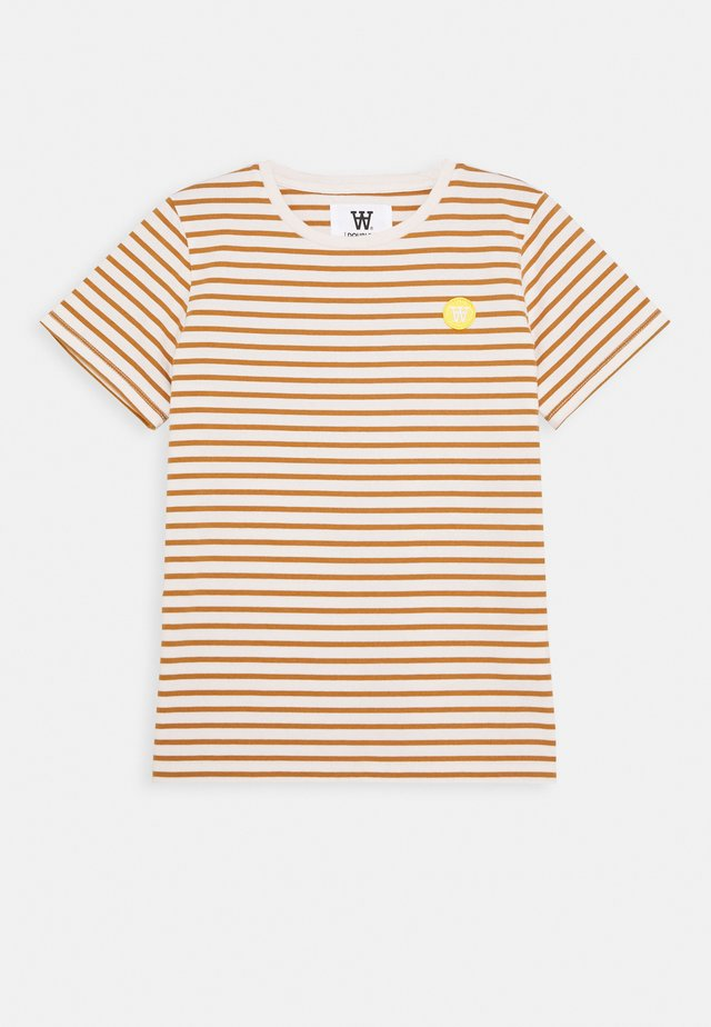 OLA KIDS - Camiseta estampada - off-white/camel