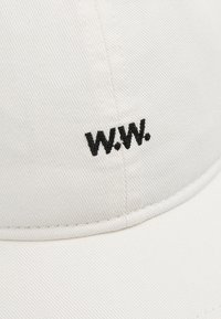 Wood Wood - LOW PROFILE - Cap - off white - 6