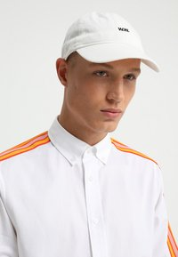 Wood Wood - LOW PROFILE - Cap - off white - 1