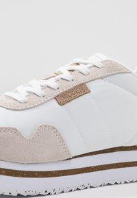 Woden - NORA II PLATEAU - Trainers - bright white - 2
