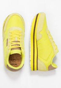 Woden - NORA II PLATEAU - Trainers - blazing yellow - 3