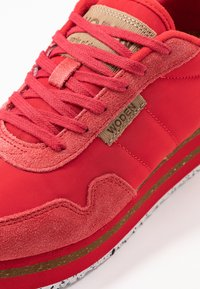Woden - NORA II PLATEAU - Trainers - ribbon red - 2