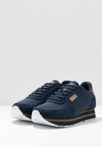 Woden - NORA II PLATEAU - Trainers - navy - 4