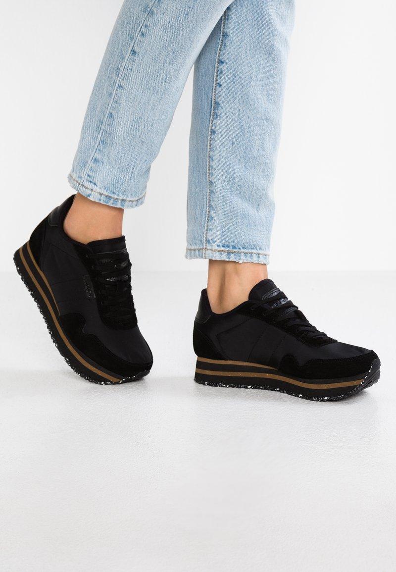 Woden - NORA PLATEAU - Sneakers laag - black