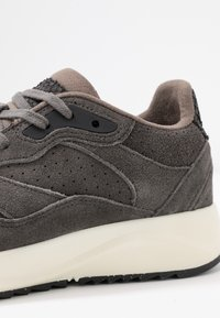 Woden - SOPHIE  - Trainers - brown - 6