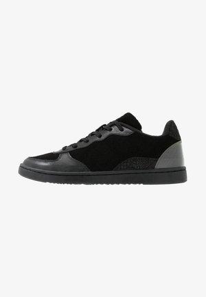 VILMA - Trainers - black