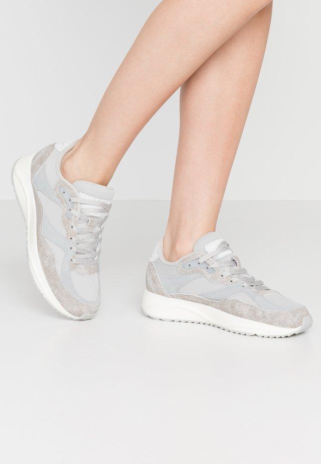 SOPHIE BREEZE - Sneakers - fog grey