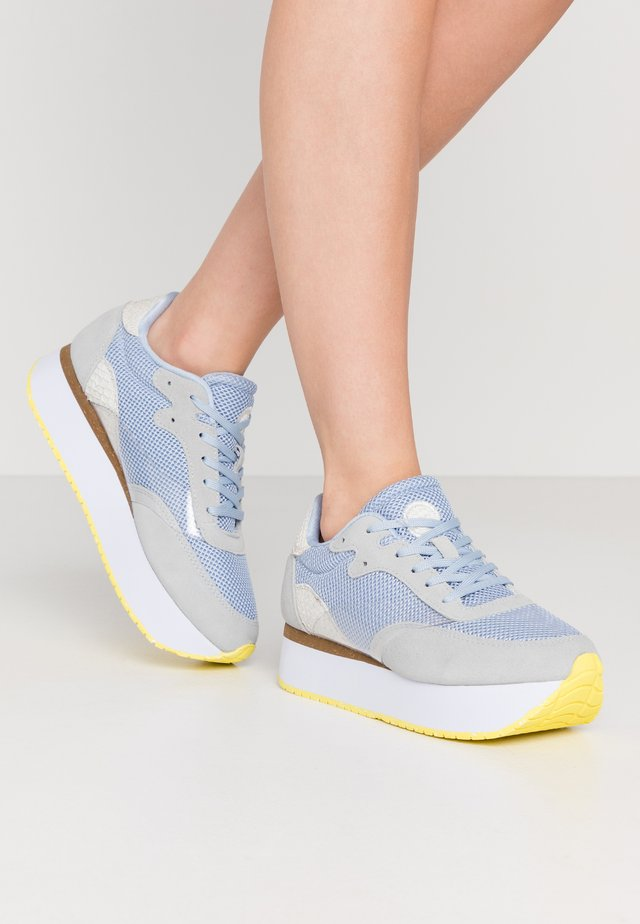 LINEA - Joggesko - ice blue