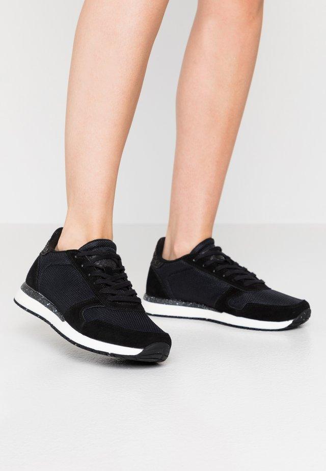 YDUN FIFTY - Trainers - black