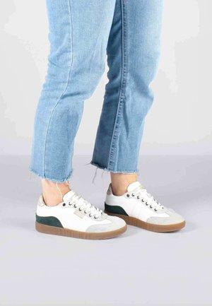 DINA MIX - Sneakersy niskie - grau
