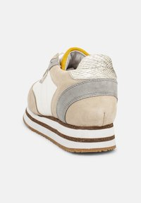 Woden - Ava Suede - Trainers - rosa - 4