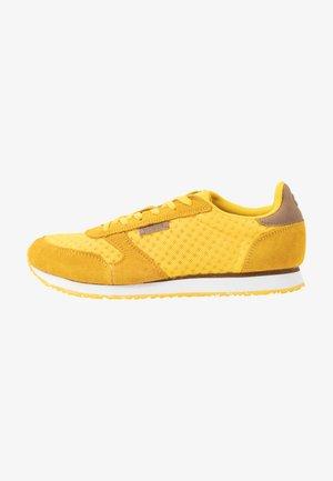 Ydun Suede Mesh - Sneakersy niskie - super lemon