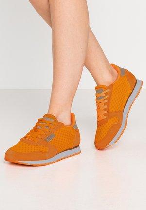 Ydun Suede Mesh - Joggesko - bright orange