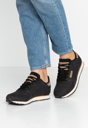 YDUN CROCO - Sneaker low - black