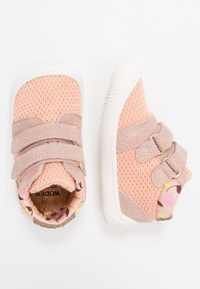 Woden - TRISTAN BABY - Baby shoes - pink/sand