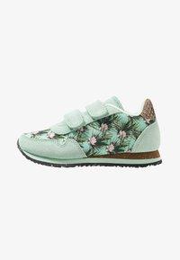 Woden - NORA FLOWER KIDS TEEN - Sneakersy niskie - misty jade - 1