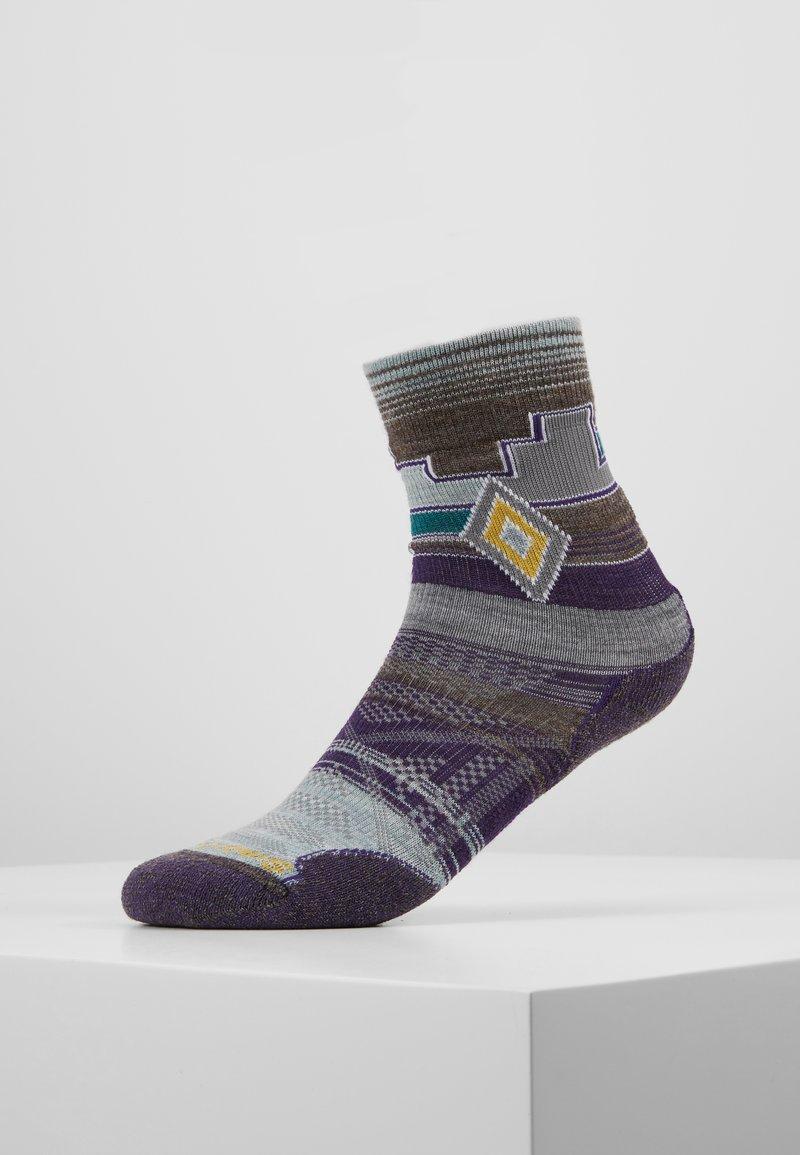Smartwool - MOUNTAIN PUR - Sports socks - grey