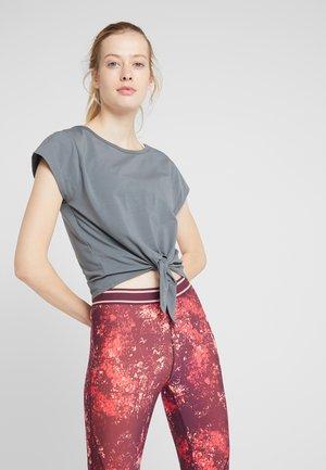 TIE FRONT  - T-shirt imprimé - khaki