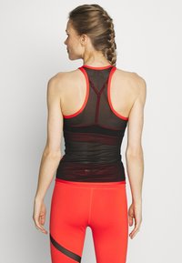 Wolf & Whistle - MESH BACK RUST - Top - red - 2